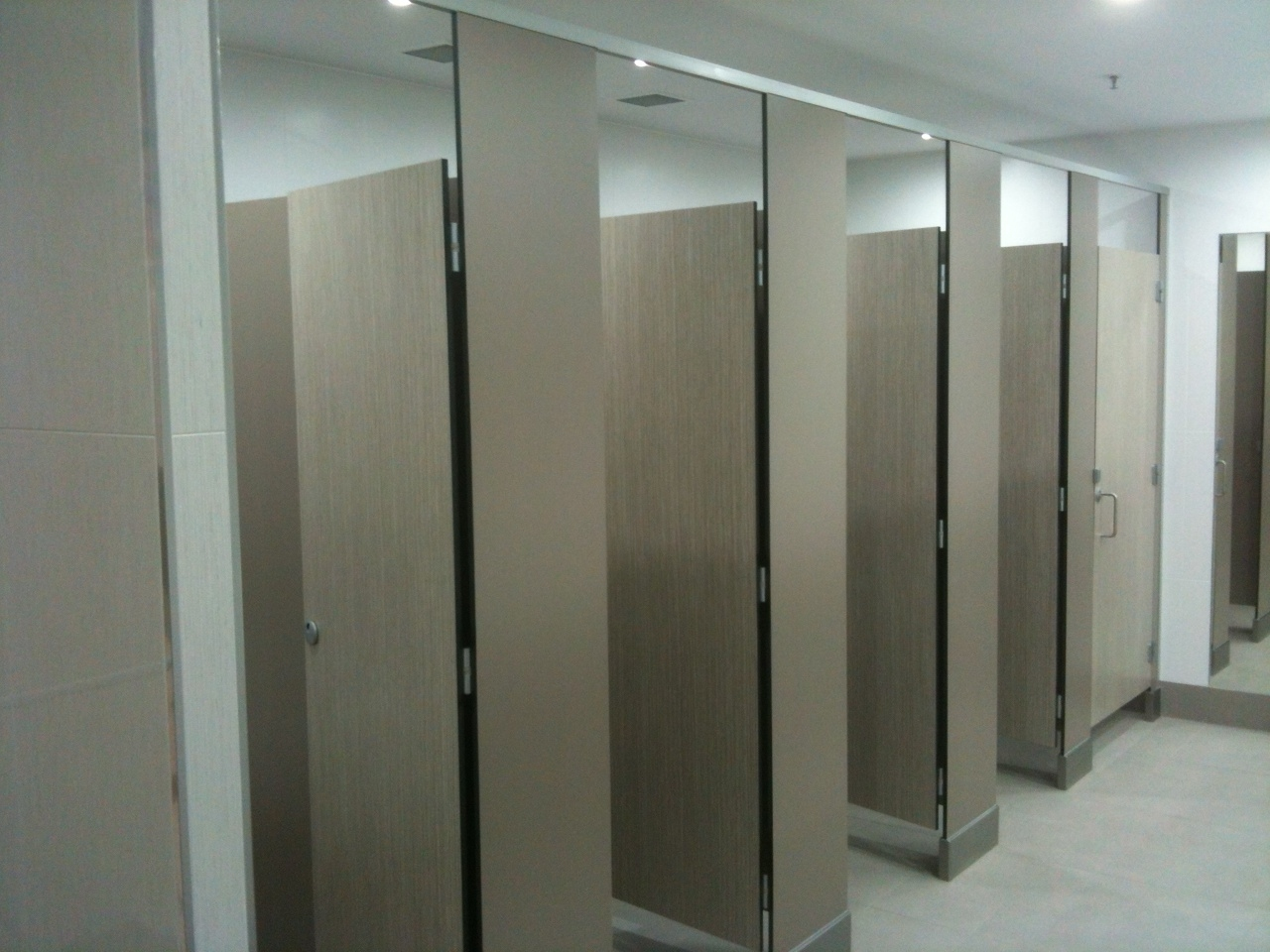 Bathroom Partitions Pictures To Pin On Pinterest Pinsdaddy